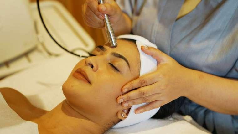 Manfaat Mikrodermabrasi Untuk Kulit Lebih Sehat Dan Bercahaya